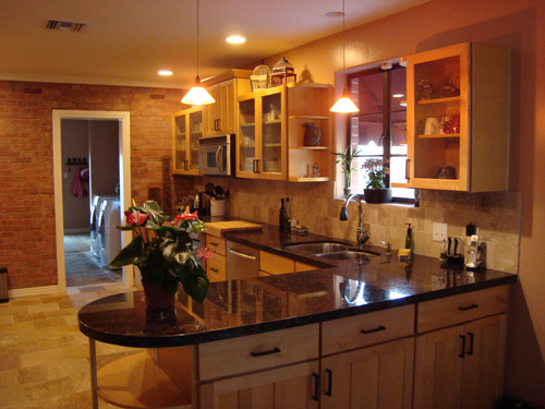 Kitchen Peninsula Ideas America S Most Popular Kitchen Layout The L Shaped Kitchen Kitchen Pinterest Popular Livings And Space