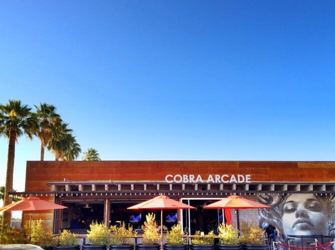 cobra-arcade-bar
