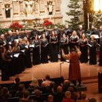 Renowned Conductor André Thomas Brings the Comfort of Home to 'A Chorale Christmas'